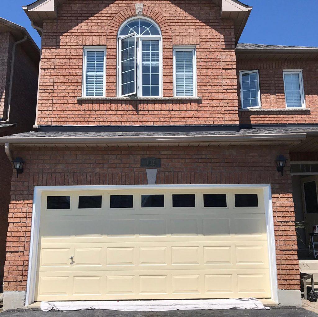 garage door painting Toronto -After- OnBudget Painting